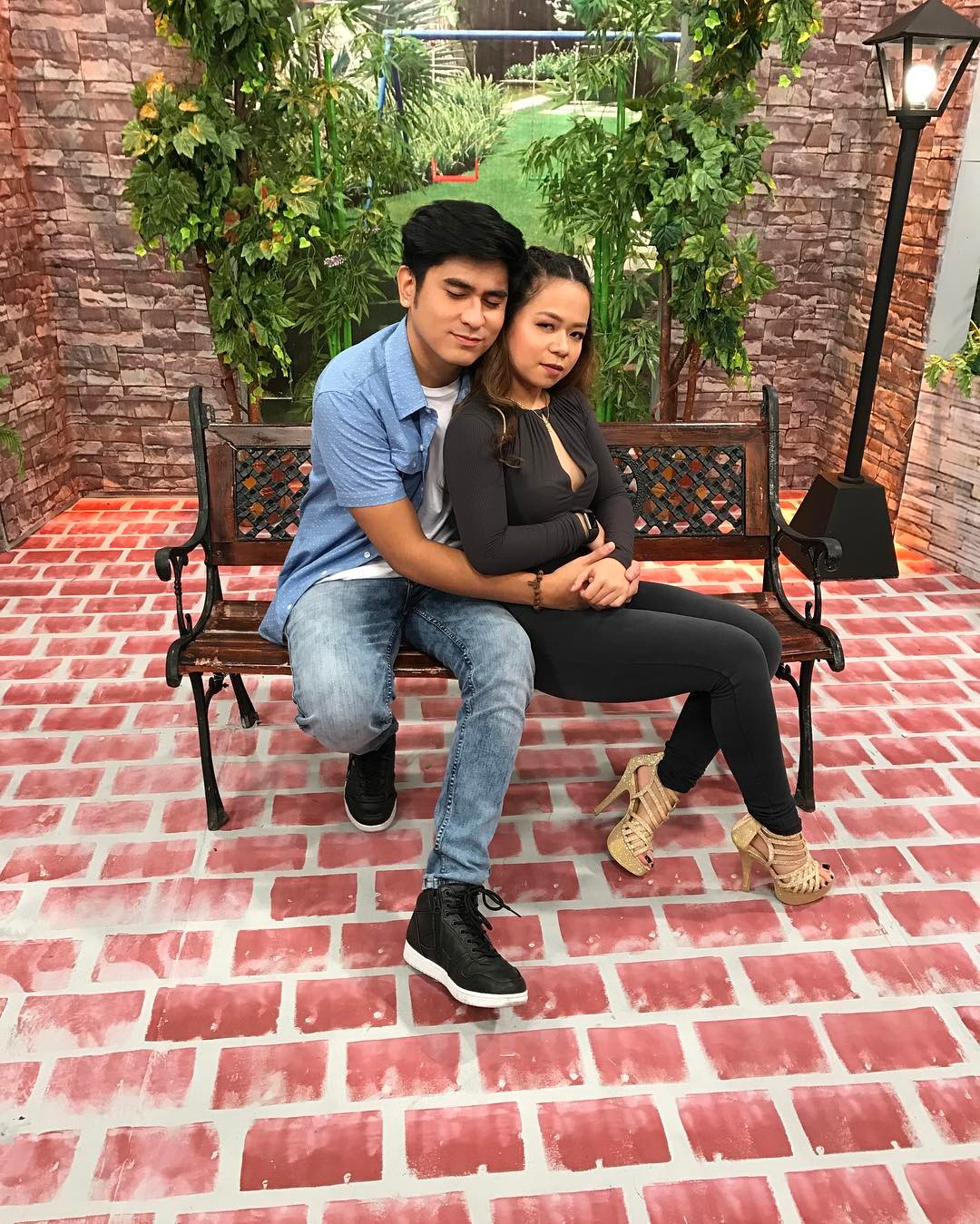 Who's dating who? Goin' Bulilit Graduates and their significant others