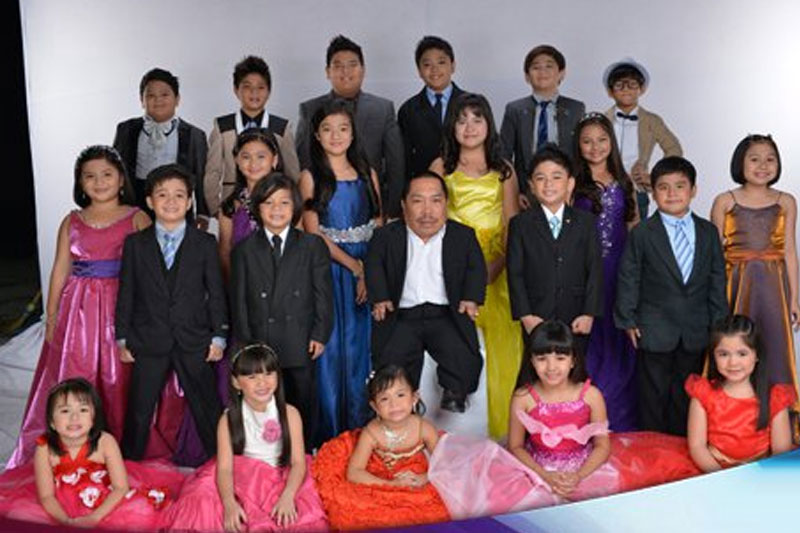 Dagul s hilariously gigantic stint as the lone adult in Goin Bulilit 3